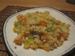 Parelcouscous met gestoofde groenten en feta