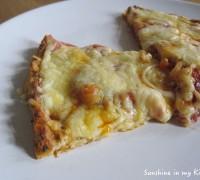 Bloemkool-bodem pizza